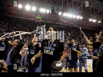 11 septembre 2011 - Mar del Plata, Buenos Aires, Argentine - LUIS SCOLA et le reste de l'équipe de célébrer avec Banque D'Images