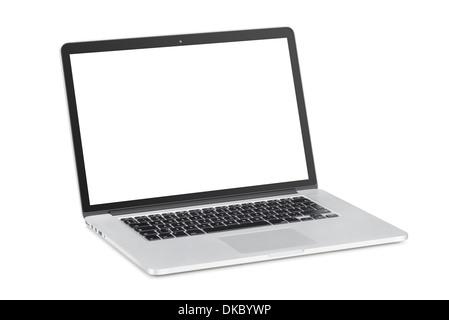 Tourné à un angle léger ordinateur portable moderne avec moniteur blanc incliné en arrière est isolé sur fond blanc. Banque D'Images