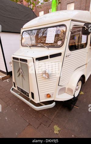 Citroën H Van cars paysan français vieux pressages enfoncé en acier ondulé