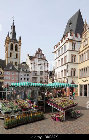 La Hauptmarkt Trèves St Gangolf Marché Principal Banque D'Images