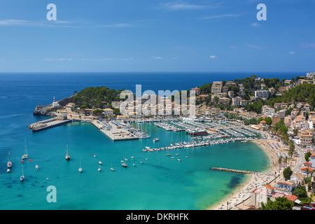 Majorque Baléares architecture bleu paysage ville port de plaisance de l'île méditerranéenne port soller Espagne Banque D'Images