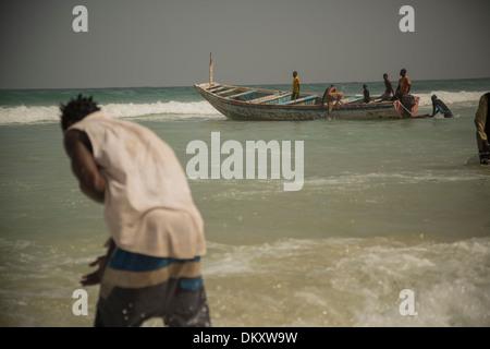 Yaf village de pêcheurs - Dakar, Sénégal, Afrique de l'Ouest. Banque D'Images