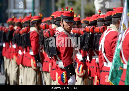 Garde Présidentielle en uniforme historique sur la Plaza Murillo square, La Paz, Bolivie Banque D'Images