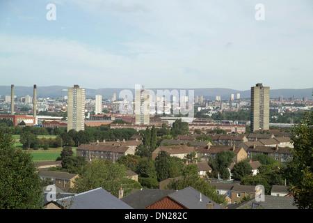 Vue depuis le Queens Park Glasgow avec grande hauteur et ville vista Banque D'Images