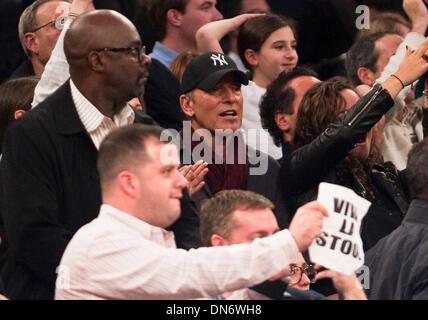 New York, New York, USA. Dec 19, 2013. Musicien, chanteur et auteur-compositeur Bruce Springsteen a assisté à l'Carquest Banque D'Images