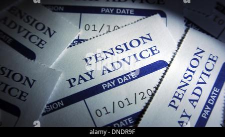 Les régimes de pension privés paient les feuillets de conseils concernant l'épargne de l'économie SUR LE BUDGET Banque D'Images