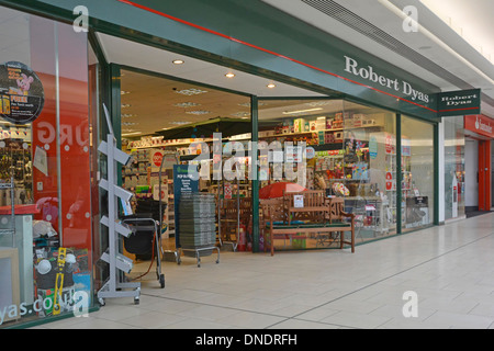 Robert Dyas boutique Jouets En avant centre commercial Lakeside Shopping mall West Thurrock Essex England UK Banque D'Images