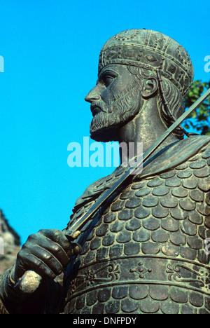 Statue de dernier Roman & empereur byzantin Constantin XI Paléologue (1404-1453) portant des armures & tenant un Banque D'Images