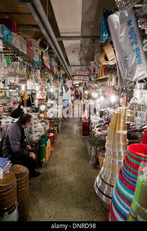 Magasins de cuisine à piscine shijang (marché traditionnel) - Séoul, Corée du Sud Banque D'Images