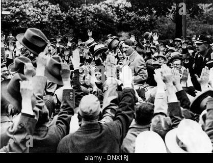 18 mai 1933 - Berlin, Allemagne; Adolf Hitler Chancelier d'Allemagne et le leader du parti nazi. Adolf Hitler (20 Banque D'Images