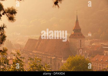 Vue de l'Église Noire, Brasov, en Transylvanie, Roumanie Banque D'Images