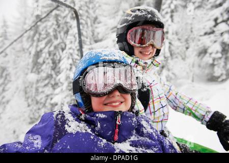 Portrait de la neige a couvert des sœurs, Villaroger, Hauste Savoie, France Banque D'Images
