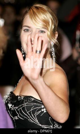 """26 octobre 2006 - London, Greater London, Royaume-Uni - K50425.'les petits enfants"""" Premiere-Arrivals-la fois 50e Banque D'Images"""