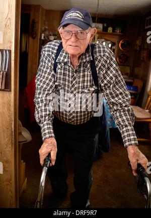 A 93 ans à son domicile. Banque D'Images