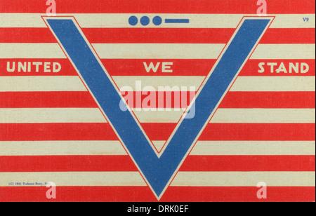 V de la victoire. La Seconde Guerre mondiale, la propagande nous deux carte postale Banque D'Images