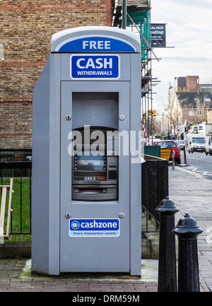 Cashzone - cash machine ATM à Teddington, Greater London, UK