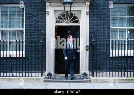 Londres, UK - 3 Février 2014: Le Secrétaire général de l'OTAN, M. Anders Fogh Rasmussen, rencontre le Premier Ministre David Cameron, le Secrétaire aux affaires étrangères, William Hague, et le secrétaire à la défense, Philip Hammond à Downing Street. Credit: Piero Cruciatti/Alamy Live News