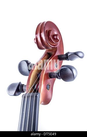Vue avant du violon en bois isolé sur blanc, vintage Banque D'Images
