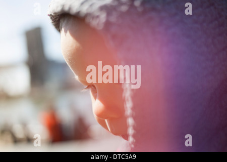 Girl wearing hood Banque D'Images