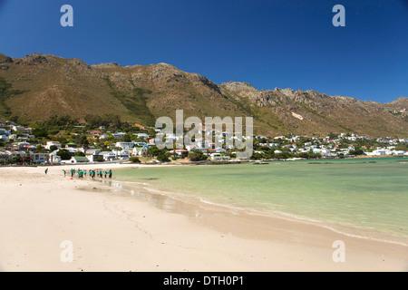 Plage de sable à Gordon's Bay, Western Cape, Afrique du Sud Banque D'Images