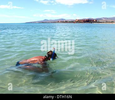 Plongée sous marine sur la surface Banque D'Images
