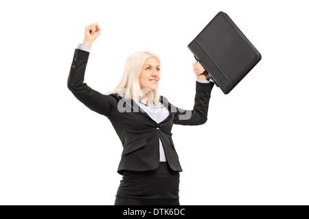 Fier succès businesswoman gesturing