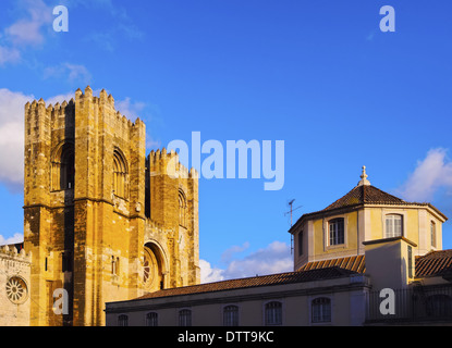 La Cathédrale Patriarcale de Sainte Marie Majeure à Lisbonne, Portugal Banque D'Images
