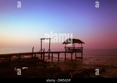 Coucher du soleil sur la plage Banque D'Images
