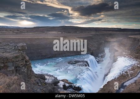 Cascade de Gullfoss en hiver, l'Islande, l'Europe. L'hiver (Janvier) 2013. Banque D'Images