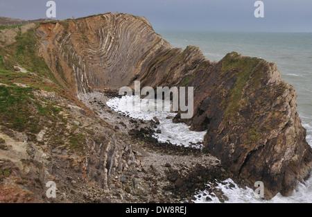 Une vue de Lulworth Cove le Stairhole la Côte Jurassique Dorset UK Banque D'Images