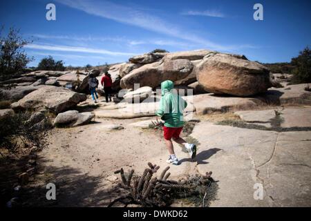 (140311) -- La Basse Californie, le 11 mars 2014 (Xinhua) -- Image prise le 9 mars 2014 montre les touristes visitant Banque D'Images
