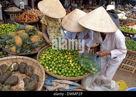 Marché de Dong Ba, Hue, Vietnam, Indochine, Asie du Sud-Est, l'Asie Banque D'Images