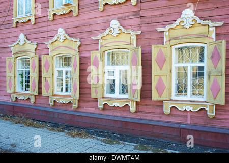 L'architecture en bois, d'Irkoutsk, en Sibérie, la Russie, l'Eurasie Banque D'Images