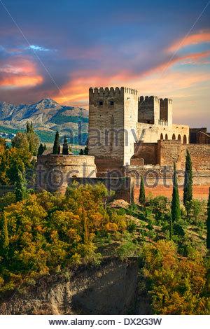 Vue sur le Islmaic mauresque de l'Alhambra comples et fortifications. Grenade, Andalousie, espagne. Banque D'Images