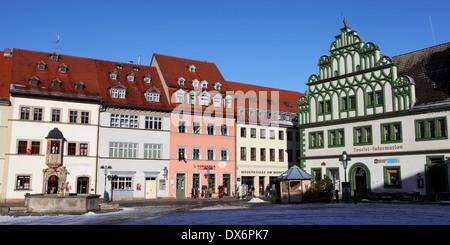 Bâtiments historiques sur la place du marché de Weimar, Allemagne. Banque D'Images