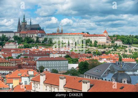 Le Château de Prague et de la ville, Prague, Central Bohemia, République Tchèque Banque D'Images