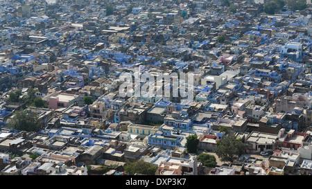 Vue aérienne de Bundi, une ville du Rajasthan (Inde), à l'heure du soir