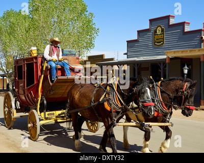 Stagecoach et chevaux, à l'est Allen Street, Tombstone, en Arizona, USA