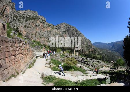 Fokida Grèce Mont Parnasse Delphes le temple d'apollon Banque D'Images