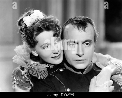 CONQUEST 1937 MGM film avec Greta Garbo comme comtesse Walewska et Charles Boyer comme Napoléon Banque D'Images