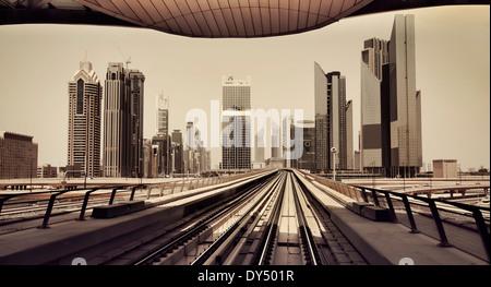 Dubai skyline du métro Banque D'Images