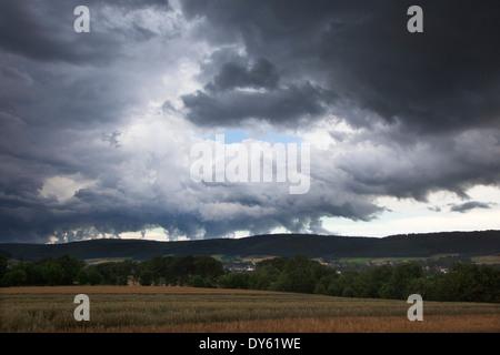 Des nuages orageux sur la Weser Hills, Virginia, United States