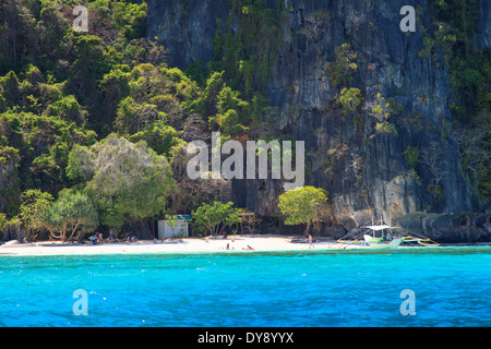 Philippines, Palawan, El Nido, docks de Miniloc Island Banque D'Images