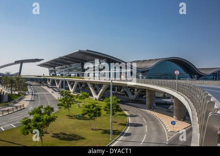 Doha, Doha, Qatar, nouveau Moyen Orient, de l'aéroport, l'architecture, ville, bâtiment, construction, international, voyage