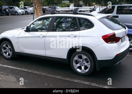 2014 BMW X1 garé dans Avalon,Sydney Banque D'Images