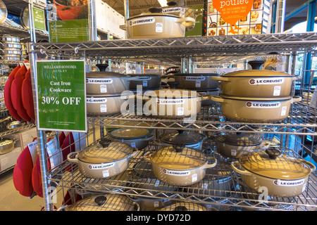 Vero Beach Florida Vero Beach Outlets Williams-Sonoma cuisine Accessoires de sortie d'écrans vente promotion 30% Banque D'Images