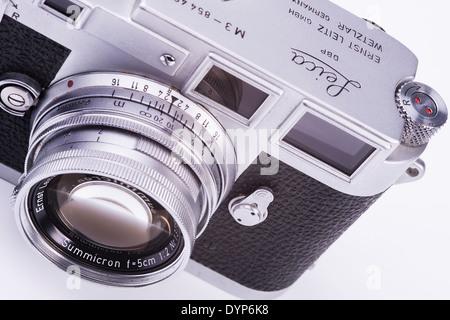 Ancien appareil photo Leica M3 Banque D'Images