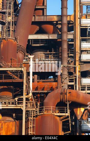 Les aciéries et les ferrures de fourneaux disutilisées de Phoenix West, autrefois partie de ThyssenKrupp Steel à Banque D'Images