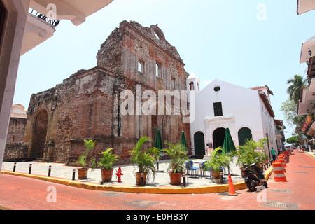 Panama, ville, vieille ville, Vieille Ville, maisons, logements, rues de, Ciudad de Panamá, Panama Banque D'Images