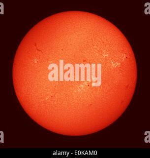 Londres, Royaume-Uni. 15 mai, 2014. Image du télescope de notre plus proche étoile, le Soleil, photographié par Banque D'Images